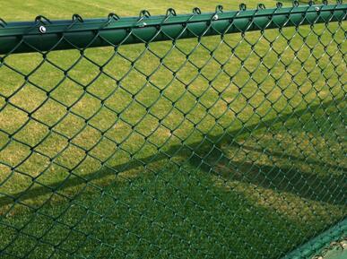 体育场围网立柱底座有哪些类型?